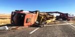 Sondaj kamyonu devrildi: 1 yaralı